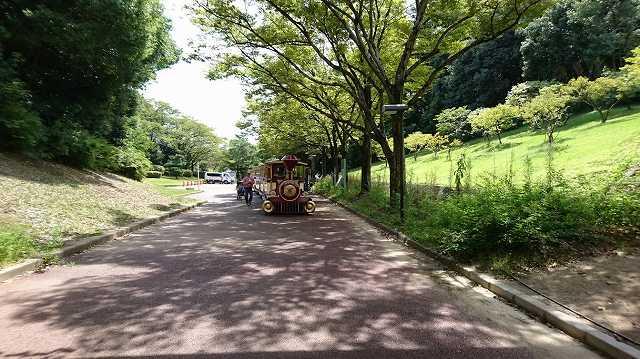 万博公園 列車