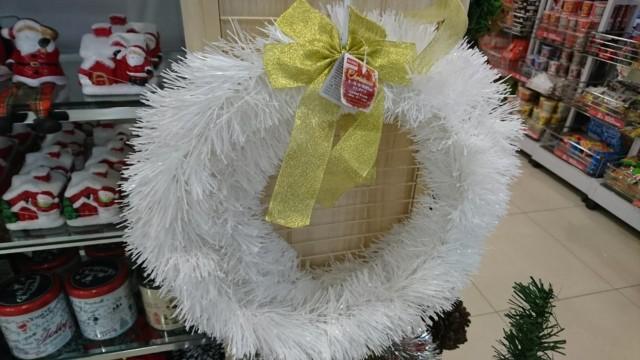 ダイソー クリスマスリース ホワイト